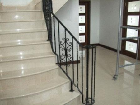 Internal-railings_hr-10-300x225